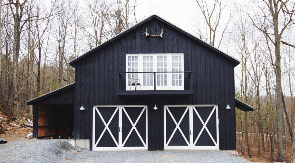 airbnb middlebury black barn cropped