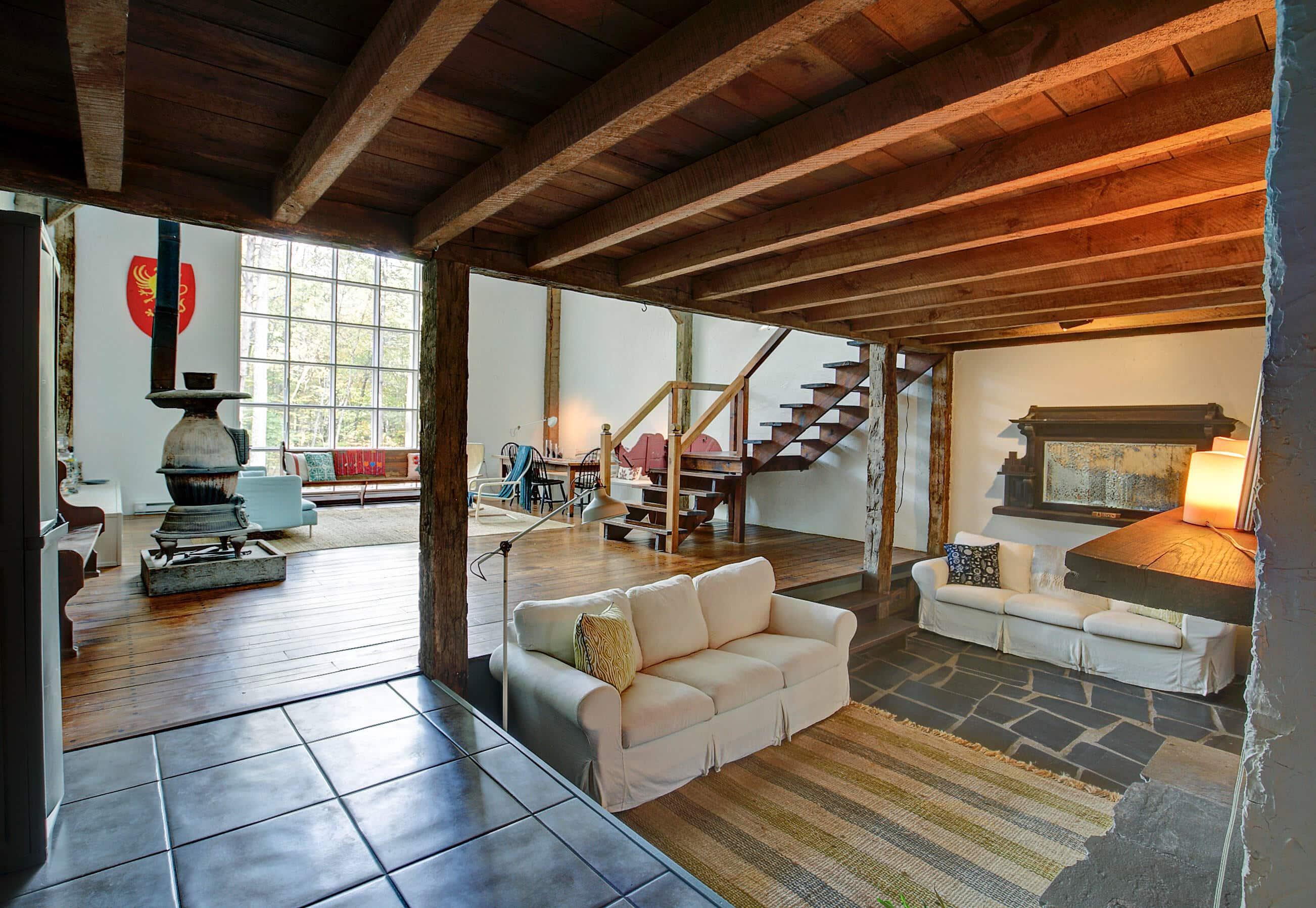 A Contemporary Country Home in Pine Bush, NY - ESCAPE BROOKLYN