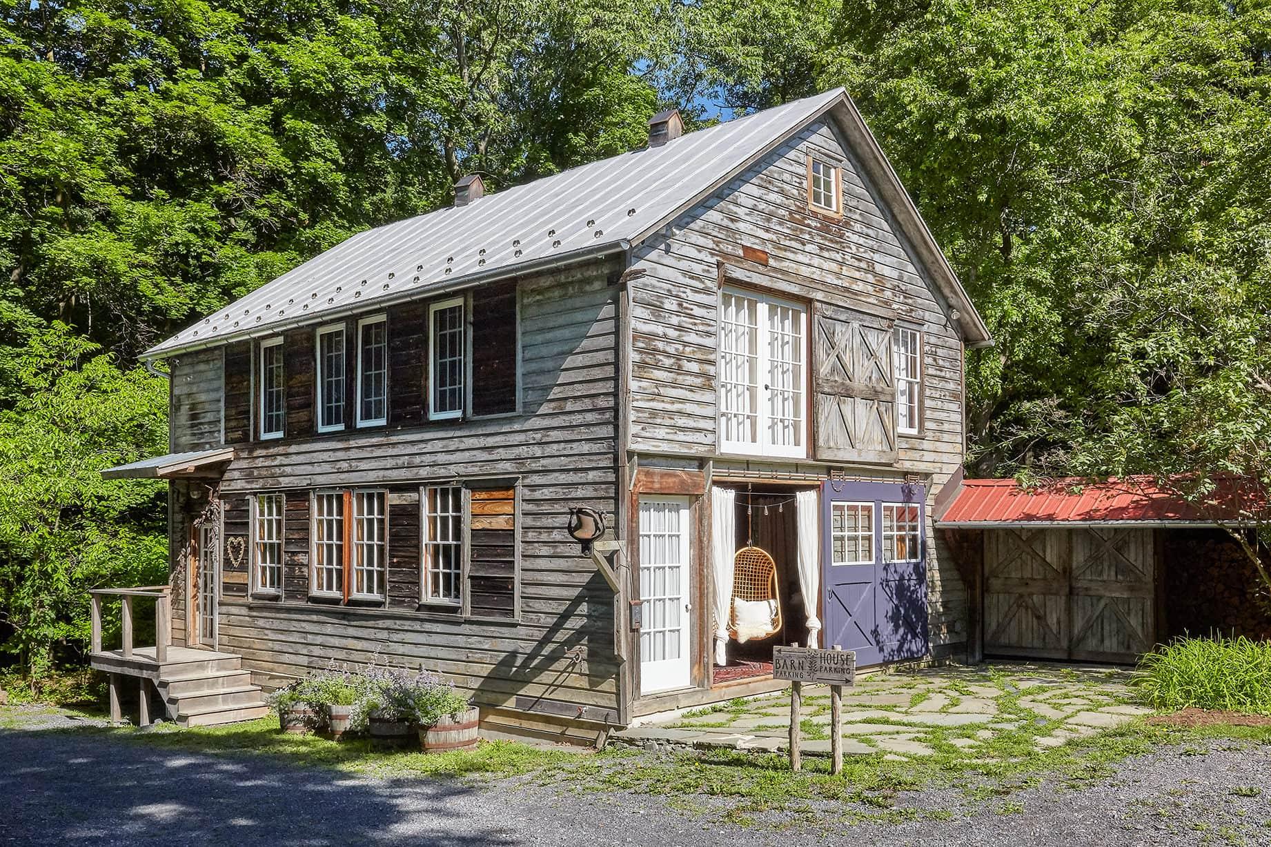 Homestead 33: The Barn in Tivoli, and a Modern Cottage - ESCAPE BROOKLYN
